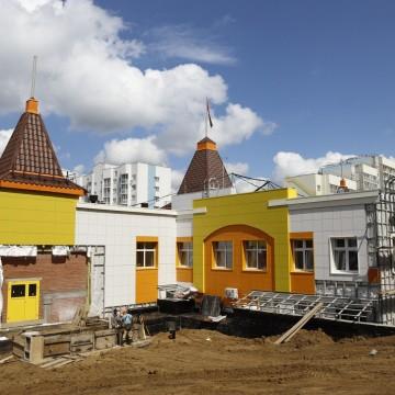 Изображение объекта г. Кемерово, Центральный район, микрорайон № 7Б. Детский сад на 200 мест с бассейном